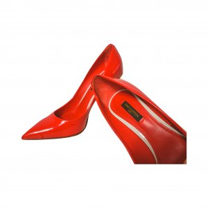 נעלי עקב אדומות לקה 8
