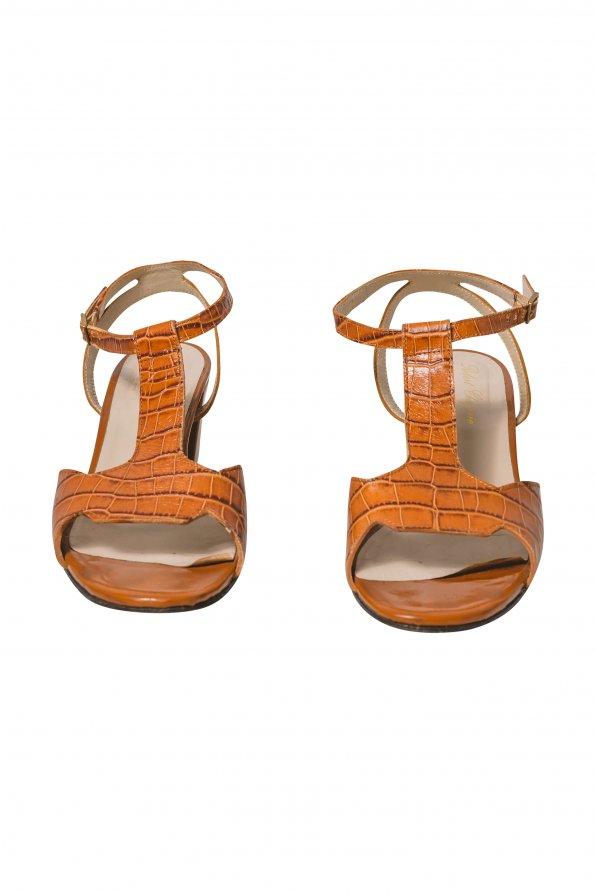 נעלי עקב חומות סנדל 1