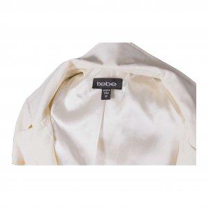 שמלה לבנה מכופתרת עם חגורה 3