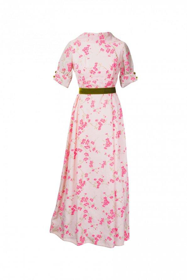 שמלת וינטג' ורודה עם פרחים מקטיפה וחגורה ירוקה 1