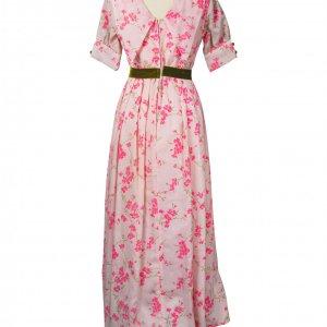 שמלת וינטג' ורודה עם פרחים מקטיפה וחגורה ירוקה 2