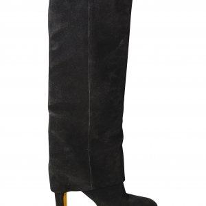 מגפיים שחורות גבוהות עם כפתורי זהב 4