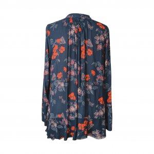 חולצת שרוולים כחולה עם פרחים אדומים 3