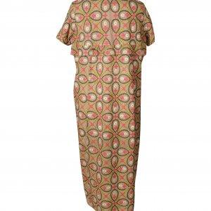 שמלה סרוגה חומה עם ריקמה אתנית 2