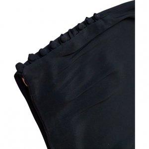 חצאית שחורה עם מלמלה בתחתית וכפתורים בצדדים 4