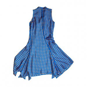 שמלה תכלת ריבועים שמנת 2