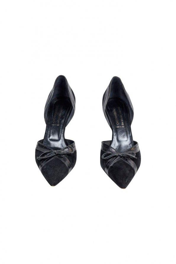 נעלי עקב שפיץ חצי פתוחות שחורות 1