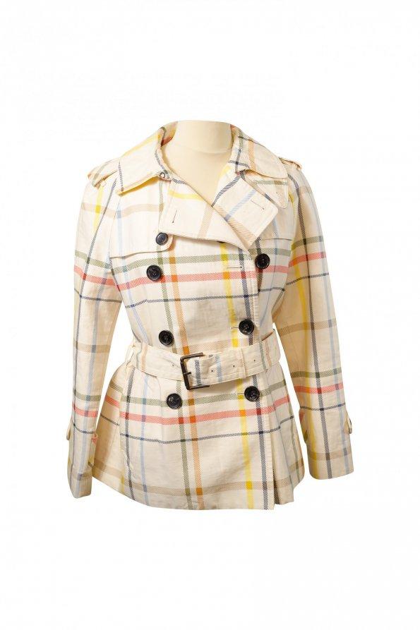 מעיל טרנץ׳ קצר לבן עם משבצות צבעוניות 1