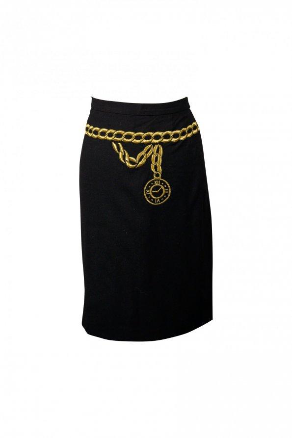 חצאית שחורה ריקמת זהב 1