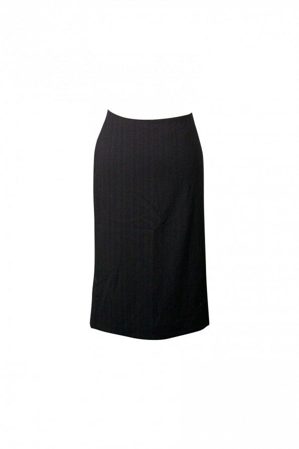 חצאית עיפרון שחורה 1