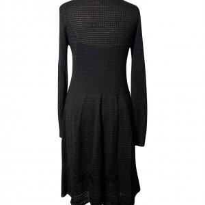 שמלה שחורה סריג 2