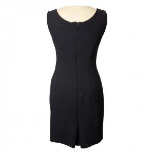 שמלה מחויטת שחורה 2