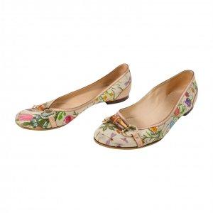 נעלי בובה בז׳ פרחוני עם במבוק 2