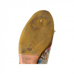 נעלי בובה בז׳ פרחוני עם במבוק 4