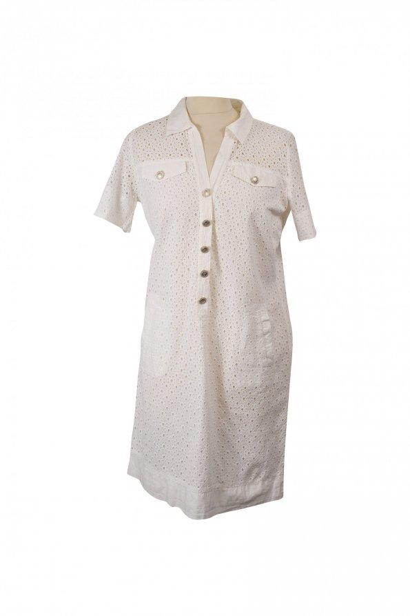 שמלה קצרה לבנה עם דוג תחרה וחורים כפתורי כסף 1