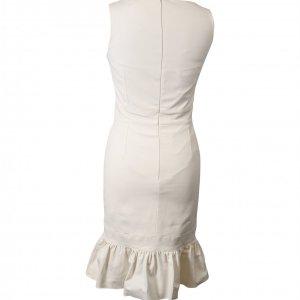 שמלה לבנה ללא שרוול עם מלמלה בתחתית 2