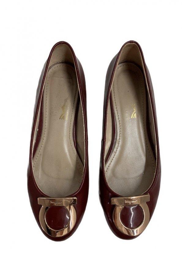 נעלי בובה בורדו ferragamo 1