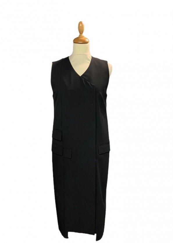 שמלה מחוייטת מכופתרת שחור 1