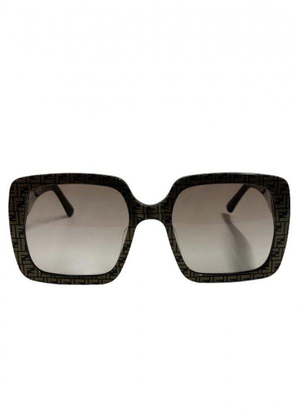 משקפי שמש מרובעות עם דוגמאת על המסגרת fendi 1