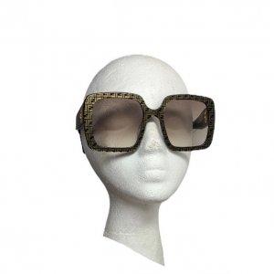 משקפי שמש מרובעות עם דוגמאת על המסגרת fendi 2