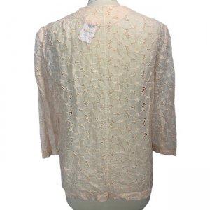 חולצה מכופתרת עם שרוול ארוך וינטאג' בדוגמת פרחים, ועם 2 כיסים קדמיים 2