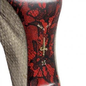 נעלי עקב עור נחש אפור עם פתח אצבע ופפיון 7