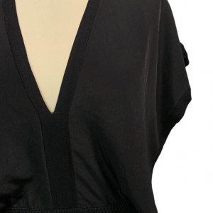 שמלה ארוכה עם שרוולים קצרים ופתח בגב 4