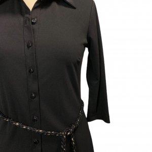 שמלה מכופתרת שחורה חגורה 4