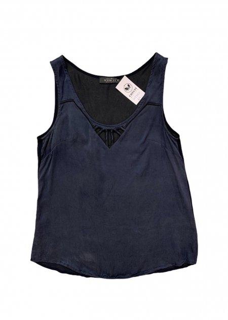 חולצה ארוכה מכופתרת שחורה מבד שקוף 3