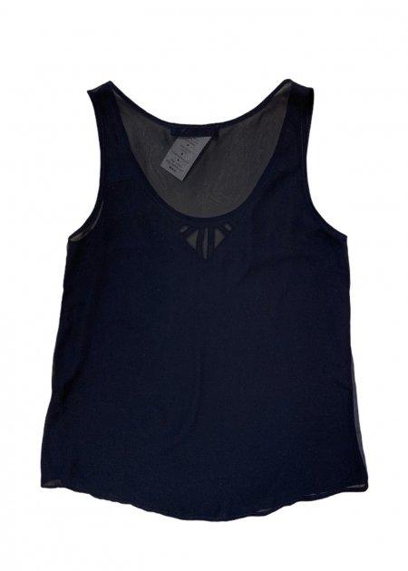 חולצה ארוכה מכופתרת שחורה מבד שקוף 4
