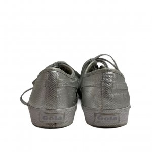 נעלי סניקרס כסופות 3