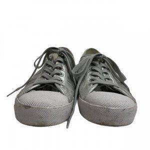 נעלי סניקרס כסופות 5
