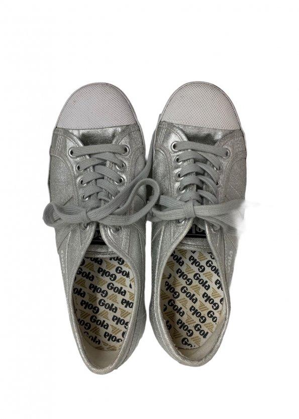 נעלי סניקרס כסופות 1