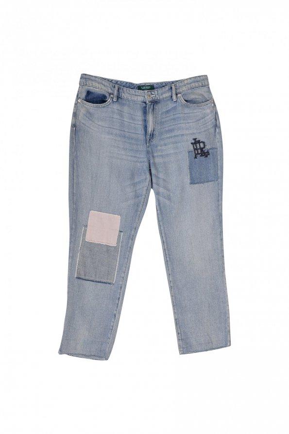 מכנסי ג'ינס בהירים עם טלאים 1