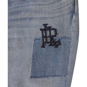 מכנסי ג'ינס בהירים עם טלאים 4
