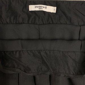 חצאית מקסי שחורה תחרה 3