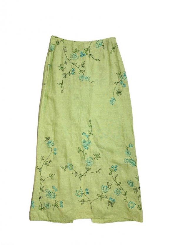 חצאית מקסי ירוק בהיר עם איורי פרחים בטורקיז וירוק - Tahari 1