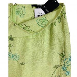 חצאית מקסי ירוק בהיר עם איורי פרחים בטורקיז וירוק - Tahari 3