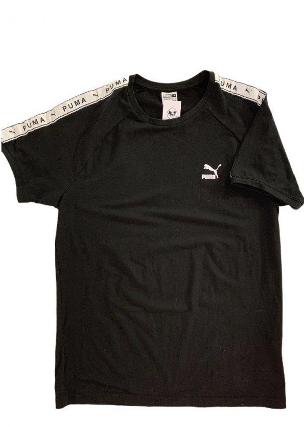 טי שירט שחורה עם סמל קטן בצד - Puma 1