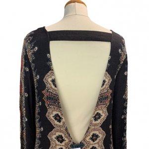 שמלה שחורה בסגנון אתני עם גב פתוח 6