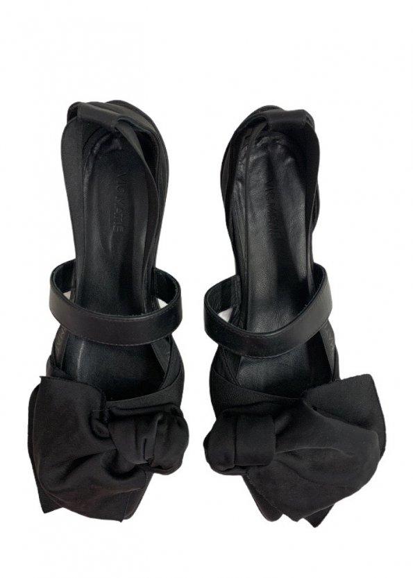 נעלי  בובה שחורות עם קשת ורצועות - 'VIC - MATIE 1