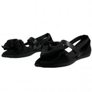 נעלי  בובה שחורות עם קשת ורצועות - 'VIC - MATIE 2