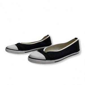 נעל בובה שחורה מבית LONGCHAMP 2