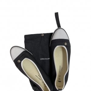 נעל בובה שחורה מבית LONGCHAMP 3