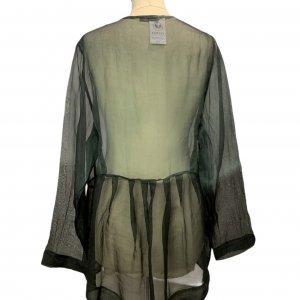 חולצה ארוכה מכופתרת שחורה מבד שקוף - Rina Zin 2