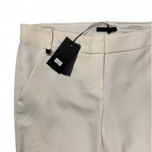 מכנסיים בצבע שמנת מחויטים מבית PINKO 3