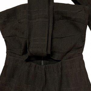 אוברול סטרפלס שחור ארוך עם חגורה שחורה של TULAROSA 3