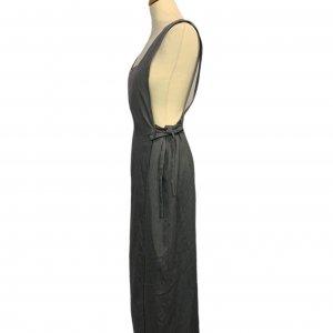 שמלת מקסי אפורה עם שרוולים קצרים ושסע בצד 3