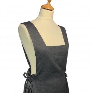 שמלת מקסי אפורה עם שרוולים קצרים ושסע בצד 5