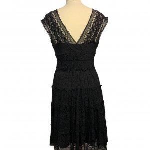 שמלה קצרה שחורה מתחרה 2